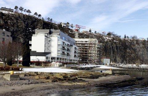 Holmestrand Fjordhotell: Seiglivet, og viktig for byen. Nå blir det hotelldrift igjen. Arkivfoto: Pål Nordby