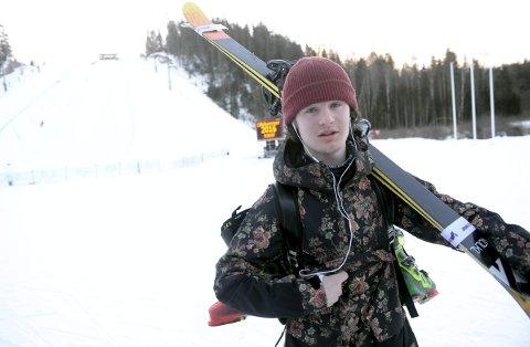 UHELDIG: Trym Sunde Andreassen kolliderte med et tre under trening til NM på Hovden, men det heldigvis bra for kongsberggutten.foto: ole john hostvedt