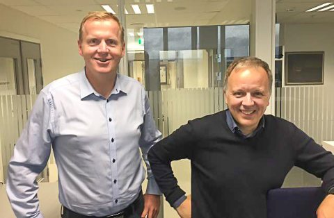 Håvard Ulfsnes (t.v.) og Jens Sveaass har sin første arbeidsdag i Kongsberg kommune i dag