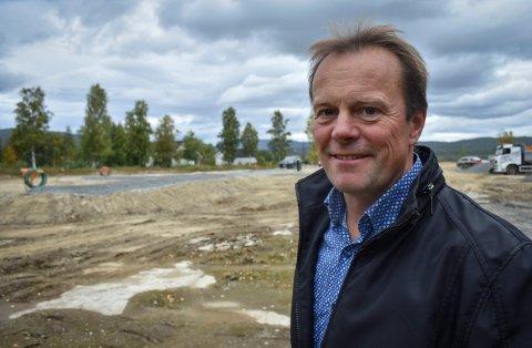 NYTT FELT: Kjetil Grongstad er grunneier og initiativtager bak boligfeltet som nå etableres i Påterudveien på Heistadmoen.