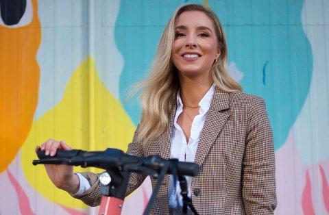 KOMMER TIL LILLESTRØM: Christina Moe Gjerde, sjef for Voi Norge, forteller at de nå ruller ut sine sparkesykler i Lillestrøm.