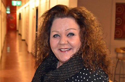 """Glad: Kommunalsjef for oppvekst i Vestvågøy, Bianca Halvorsen, kunne tirsdag 25. mai sende ut en gladmelding og """"grønt nivå"""" i skoler og barnehager."""