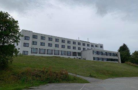 TEFT-gruppen har kjøpt gamle Fiskerifagskolen på Gravdal.