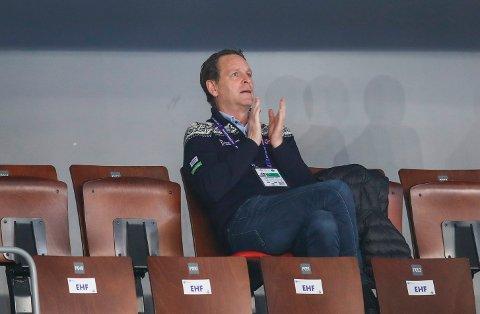 Generalsekretær Erik Langerud i håndballforbundet  under  kampen mellom Norge-Romania. Foto: Vidar Ruud / NTB