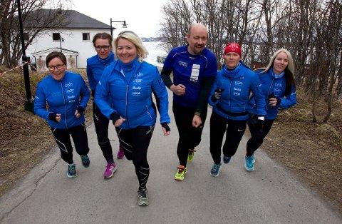 Søndag stiller de på startstreken i København Maraton. Fra v. Ellen Thomassen, Anne With Andreassen, Nina Olsen, Håvard Pedersen, Siv-Randi Bjørklund og Trude Johansen Foto: Ola Solvang