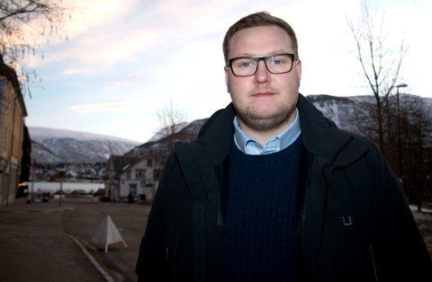 REAGERER: Erlend Svardal Bøe, gruppeleder i Tromsø Høyre, reagerer på at restaurant på Havneterminal fikk skjenke-ja, mens Egon fikk nei.