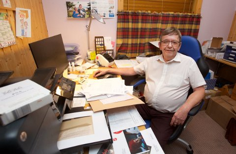 Sverre Hugo Rokstad driver DNA-test Norge fra hjemmekontoret i Tromsø. - Pågangen etter utroskapstestene har økt kraftig i julebordsesongen.