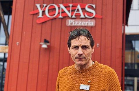 STENGER: Yonas, her representert med daglig leder Stig Fiske, holder stengt i en uke fra og med fredag.