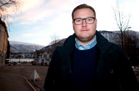 SPØR OM SKOLEMAT: Erlend Svardal Bøe etterlyser skolematen som Ap lovet i valgkampen.