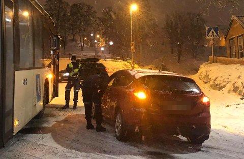 KOLLIDERTE: Bussen var på vei opp Fr. Langes gate da den kolliderte med bilen som kom fra Vestregata.