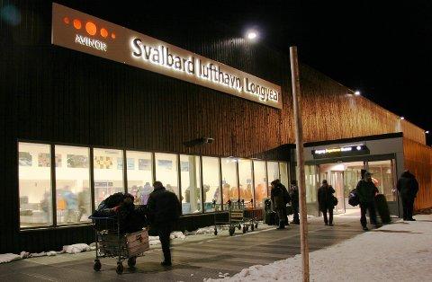 FÅR NEI: Finnair har lyst til å starte en direkterute mellom Helsinki og Longyearbyen. Men Luftfartstilsynet sier at regelverket setter en stopper for det. Foto: Ragnhild Gustad
