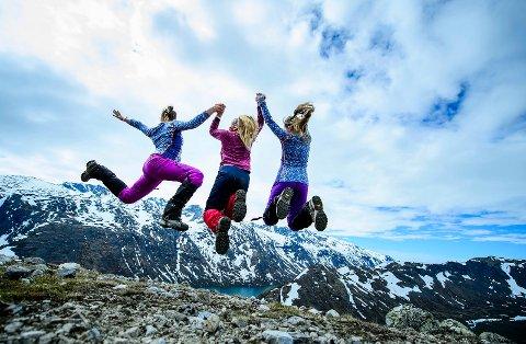 Interessen for en aktiv fritid har økt blant det norske folk, noe som resulterer i rekordsommer for DNT.