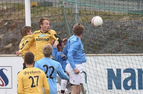 SCORET: Fredrik Greve Monsen headet inn Raufoss' andre mål i 5-1-seieren mot Ottestad.