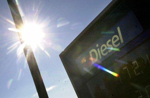 STUPER: Truende restriksjoner og avgiftsøkninger for kjøring med dieselbiler har ført til en dramatisk nedgang i salget av dieselbiler i Vestoppland i år, etter at dette lenge har vært en tendens på landsbasis.ARKIVBILDER