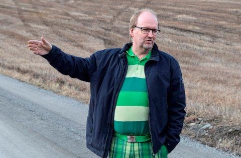 NYE KRAV: Kiwi-kjøpmann Svein Håvard Linnerud på Kapp møtes med strenge nye krav fra Fylkesmannen for å få lov til å bygge ny butikk på dyrket mark.