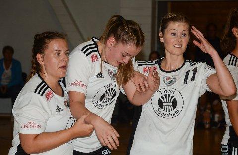 Ingrid Hjell, Birthe Kjelsberg og Maren Lervold måtte tålet sitt andre strake tap i 2. divisjon.