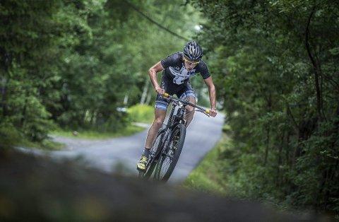 TILBAKE: Carl Fredrik Hagen var tilbake på terrengsykkelen, og vant NM-gull. ARKIVFOTO.