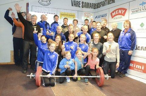 Kan juble: Larvik Atletklubb er totalt sett igjen den klubben tilsluttet Norges Vektløfterforbund som har levert best resultater i året som har gått. Bildet er fra i fjor da klubben også gikk til topps.