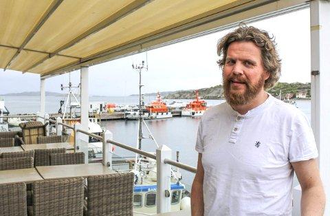 Etter en hektisk sommer på Hvasser, er Pär Olof Eriksson nå på plass i Hemsedal hvor han driver et utested i vintersesongen.