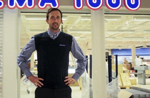 Kjøpmannen ved Rema 1000 Down Town, Glenn Hellstrand, sier at Vinmonopolet vil generere flere drop in-kunder for dem. Det kan bety at omsetningen øker fra 50 til 60 millioner i året.