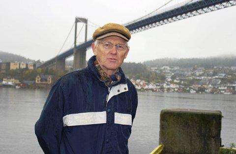 Tormod Svartdal er fylkesleder i Naturvernforbundet i Telemark, som har klaget til Miljødirektoratet på Kystverkets prosjektplaner om å mudre og sprenge i farleden til Grenland Havn. Han ser ikke dokumentert behovet for utvidelse av farleden.