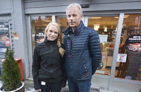 Strålende fornøyd: Olav Winterkjær i Drangedal Bilruter er strålende fornøyd med Lindy Haukedal og hennes medarbeidere på Circle K Bamble, som har et sykefravær stabilt under én prosent.