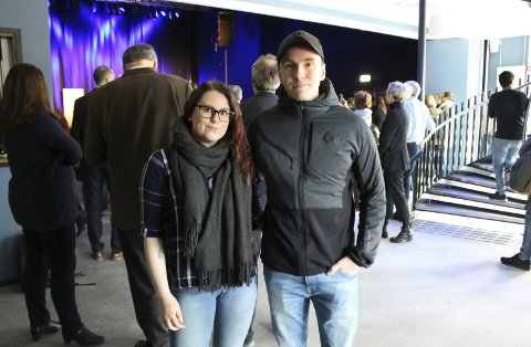 Helle Eriksson og Petter Indrøy i Studentsamfunnet i Grenland er fornøyd med det nye studenthuset på Kjølnes. Tirsdag deltok de på den offisielle åpningen.
