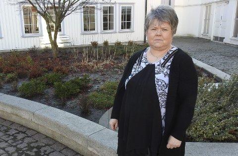 Eiendomssjef Helena Vårli er tindrende klar på at kommunen ikke har penger til å kjøpe eller leie losstasjonen på Dampskipskaia i Langesund.