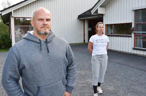 KRITISKE: Tom Åge Sollid fra Åsmarka og Camilla Storlien fra Lismarka.