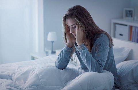 Ifølge tall fra Helsedirektoratet sliter rundt en av tre nordmenn ukentlig med søvnen, mens inntil 15 prosent av befolkningen har søvnløshet – eller insomni – av en mer langvarig art. Foto: Shutterstock / NTB scanpix