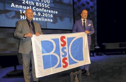 LEDER: Fylkesordfører Roger Ryberg (t.v.) fra Hurum skal lede en europeisk organisasjon (BSSSC) i egenskap av leder for Østlandssamarbeidet.Foto: innsendt