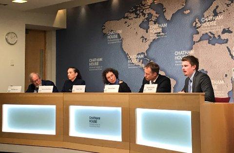 INNLEGG: Rikard Gaarder Knutsen fra Røyken holdt innlegg i egenskap av statssekretær under den årlige energikonferansen på Chatham House i London.