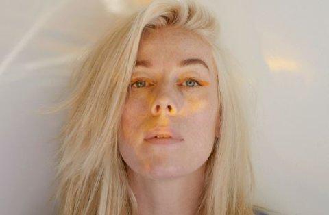 GABRIELLE KOMMER:  Gabrielles låt «Tenker på deg» fra det nye albummet «Snart, Gabby» (2019) ligger på A-lista til P3. Gabrielle Susanne Solheim Leithaug (34) ble kjent nasjonalt med låta «Ring meg» i 2011. FOTO: Lasse Fløde