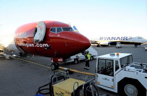 DYRERE: Nå blir det vanskeligere å unngå gebyr for håndbagasje hos Norwegian.