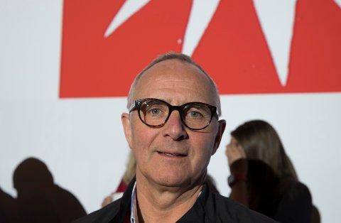 Postkom-leder Odd Christian Øverland krever at det settes av penger og tid til omstilling.