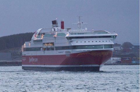 Nå lover samferdselsminister Ketil Solvik-Olsen at Fjord Line skal få frakte gods mellom Stavanger og Bergen.