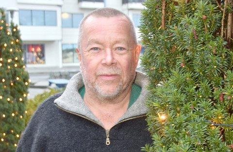 Denne uka opnar Juletrebyen på Jørpeland. 260 juletre og installasjonar skal pynta Jørpeland sentrum, fortel sjefen for Juletrebyen, Kolbjørn Pedersen.