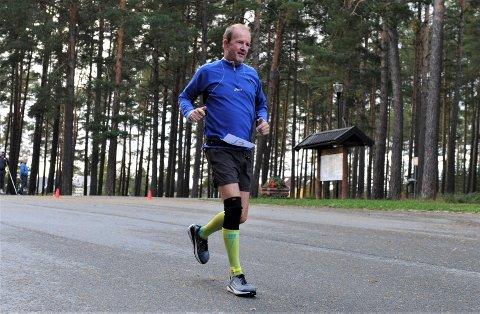STERK: Jan Olav Dagsvik fra Ogndal idrettslag imponerte da han løp formidable 175 kilometer og ble nummer fire i Hell 24-timer.