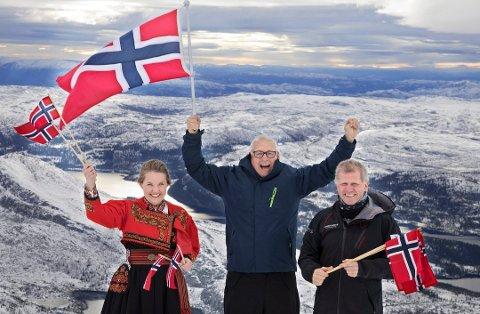 Jonny Pettersen, leder og initiativtaker for OL-planene, Tarjei Gjelstad, ordfører i Kviteseid, og Veslemøy Wåle, politiker for Høyre, da planene for et OL i Telemark ble presentert på Gaustatoppen.