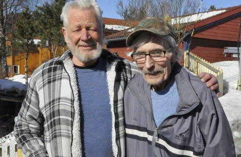 Skolekompiser: Svein Håtveit og Leif Oskar Egedahl var skolekompiser og holdt kontakt i alle år.