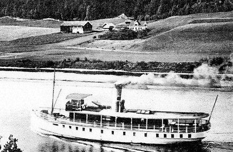 HARD KOST: Mannskapene på dampskipene behandlet berusede anleggsarbeidere hardt. Her  Henrik Ibsen  på  Sauarelva. (Illustrasjonsfoto).   Tilbakeblikk 4. mai