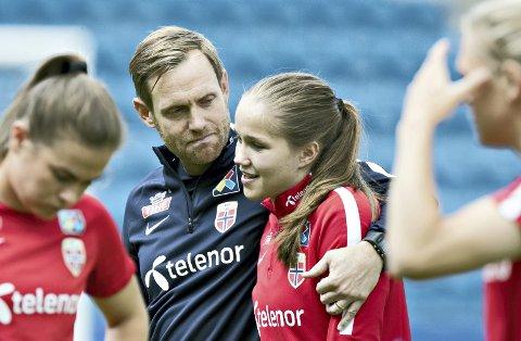 Nærmer seg: Trener Martin Sjögren og Guro Reiten gleder seg til EM kommer i gang.