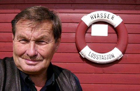 ENGASJERT: Å beholde losstasjonen på Hvasser var noe av det Roar Tandberg kjempet for gjennom sine tolv år som ordfører på Tjøme.
