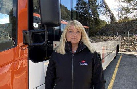 Selv med det reduserte passasjerantallet de siste ukene har mange sjåfører opplevd overfylte busser. Det bekymrer nestleder Trude Valle i Yrkestrafikkforbundet.
