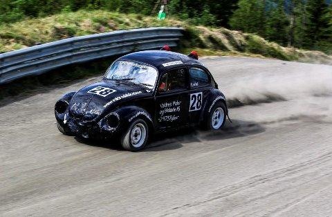 Seier: Petter Leirhol feide inn til seier i Landsfinalen i bilcross på Momarken i Østfold lørdag ettermiddag.