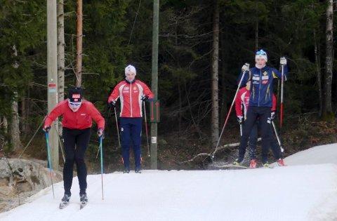 Gode Forhold: Mandag morgen var det nyoppkjørte spor i lysløypa i Drøbak. Foto: Per Wollbraaten