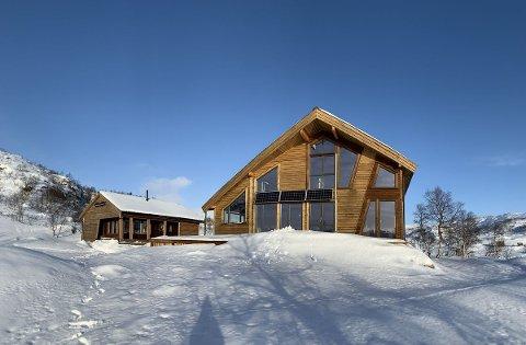 STENGT: DNT Sør har sett seg nødt til å stenge Kvinen etter at begge hyttene gikk tom for ved. Nå jobbes det med å få inn nye vedforsyninger.