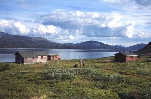 Bjellåvasstua i Saltfjellet-Svartisen nasjonalpark er en av hyttene hvor man kan booke seng.