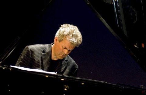 Stjernemøte: Jan Gunnar Hoff har de siste årene etablert seg som en jazzpianist av internasjonalt format. Nå skal han spille sammen med noen av sjangerens største stjerner.