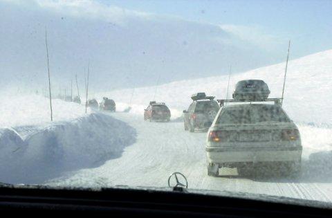 Hardangervidda er stengt for biler under 7,5 tonn. Arkivfoto: Eirik Hagesæter